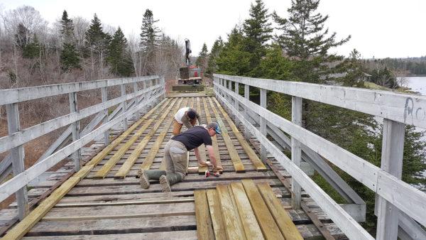 Rails-to-Trails-Bridge-resurfacing